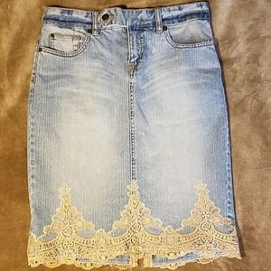 The Limited Jeans Jean Skirt Gold Lace Sz 6